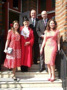 3 Mayor and family